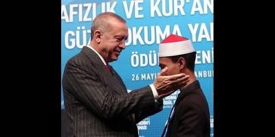 Ini  Syamsuri Firdaus dari Bima, Juara MTQ Internasional di Turki
