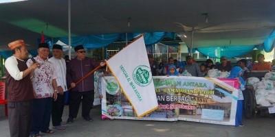1.111 Paket Sembako Dibagikan Yayasan Al Iman Antara