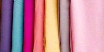 Warna-Warna Hijab Berikut Ternyata Malah Bikin Wajahmu Kusam Lho!