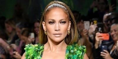 Ada Jennifer Lopez Dan Gaun Versace Hijau Di Balik Terciptanya Google Images