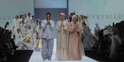 Kolaborasi Kecantikan dan Mode Pada Panggung JFW 2020