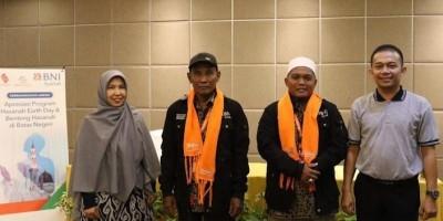 BNI Syariah Berangkatkan Umrah Dua Tokoh Masyarakat