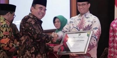 Hibahkan Rp400 M  untuk Guru Agama, Anies Baswedan Raih Penghargaan dari Kemenag
