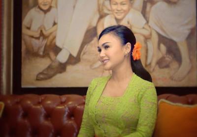 Di Hari Kartini, Yuni Shara Ajak Wanita Indonesia Berbagi Kasih