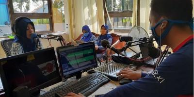 Kreatif! Sekolah Dasar Di Pekalongan Ini Belajar Di Rumah Lewat Radio, Guru Jadi Penyiar Dadakan