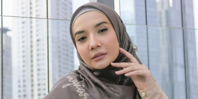 Ngidam 'Mahal' Saat Hamil, Zaskia Sungkar Tetap Produktif di Industri Fesyen