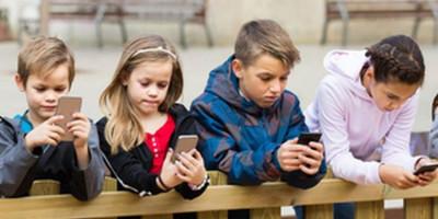 Dear Parents, Segera Pasang Kontrol Untuk 3 Aplikasi Ini