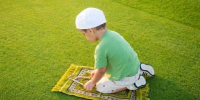 Cara Ampuh Membuat Anak Shalat Tanpa Debat