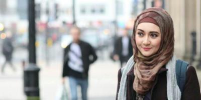Trifty Qurrota Aini: Seorang Muslimah Adalah Ambassador of Islam