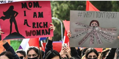 Salahkan Pakaian Wanita Sebagai Sebab Pemerkosaan, PM Pakistan Kebanjiran Kritik