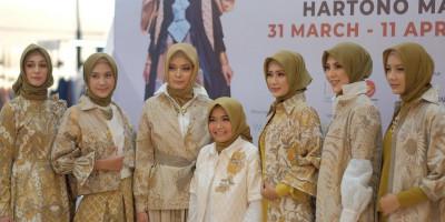 Semilir Desir Kersen Dalam Batik Tulis Karya Tuty Adib
