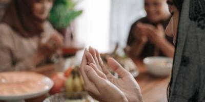 Simak Pedoman Islam dalam Mengatur Diet Sehat Saluran Cerna