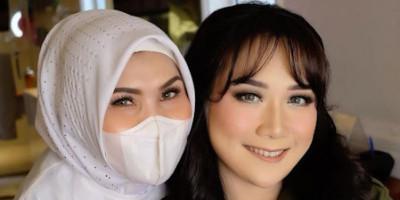 Olis Herawati,  Mantan BC Makeup, Yang Jadwalnya Diantri Sampai Tahunan