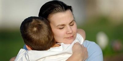 Jangan Jelaskan Dengan Cara Menakut-nakuti. Ini Cara Kendalikan Stres Anak Selama Pandemi