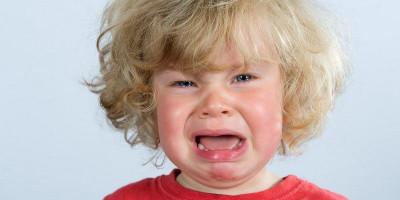 5 Tips Hadapi Anak Cengeng Tanpa Drama
