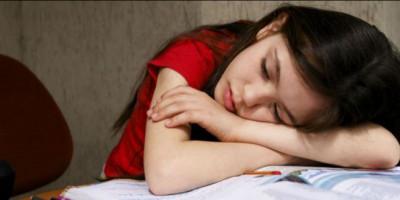 Tanpa Kita Sadari, 5 Hal Ini Bisa Bikin Anak Patah Hati. Apa Sajakah ?