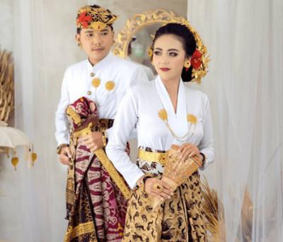 Pesona Payas Agung, Pakaian Adat Bali Yang Elegan Dan Rupawan