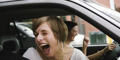Simak Disini, 11 Alasan Mengapa Orang Perlu Sering Tertawa